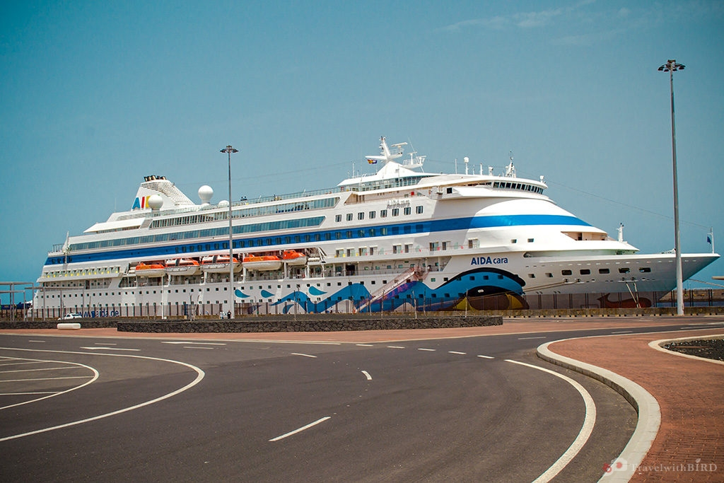 Our trip to Lanzarote: AIDAcara in the port of Arrecife