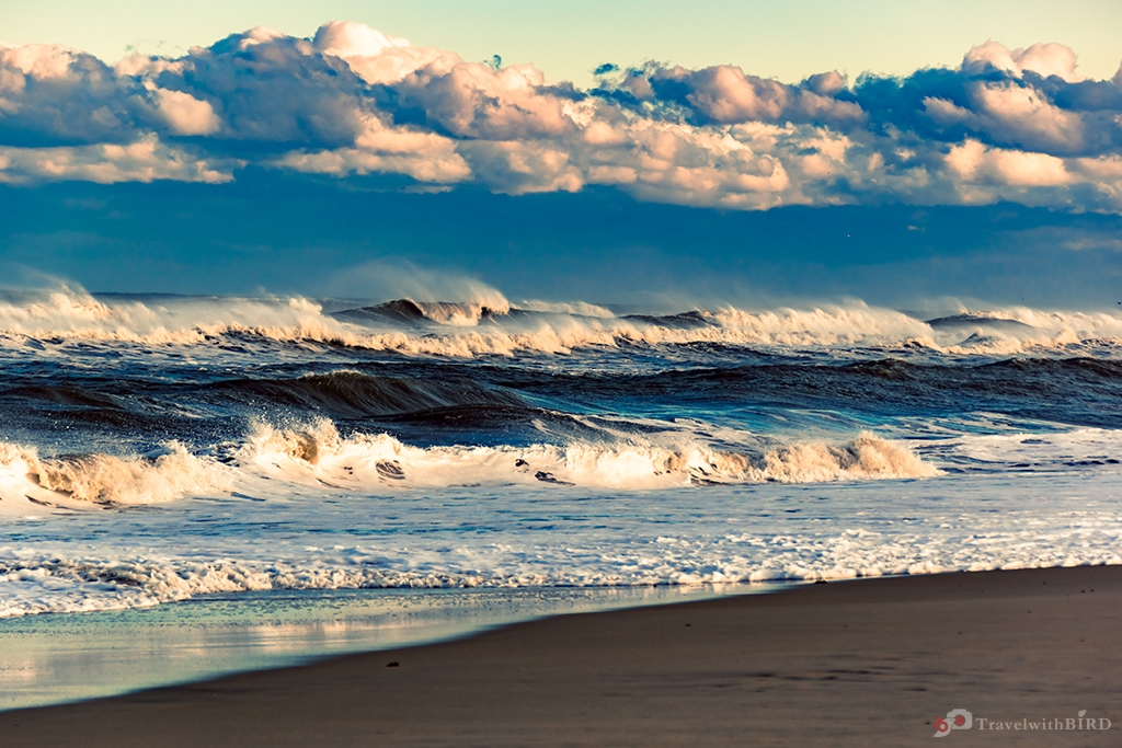 Stormy coastline of Outer Banks
