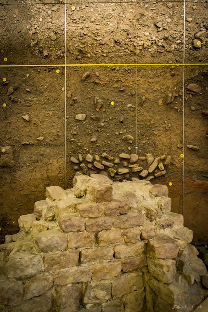 Different ground layers in the Archäologisches Landesmuseum