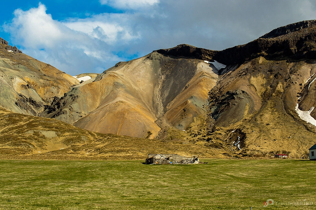 Mineral mountains of Iceland