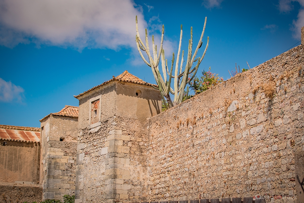 Old townwall of Faro