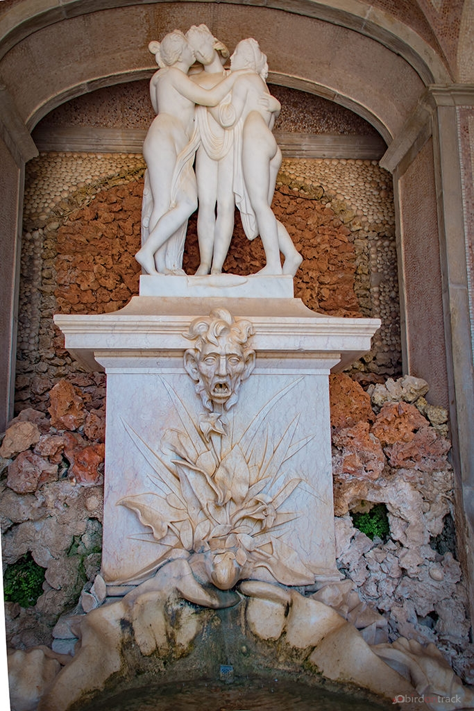 Sculpture in the Palacio de Estoi