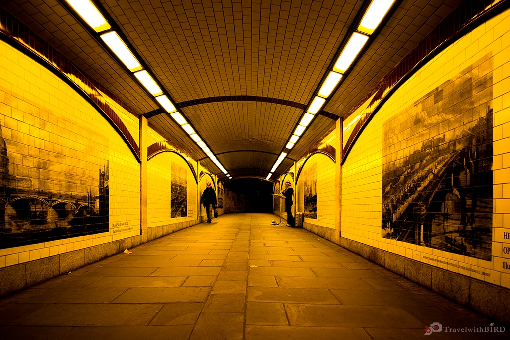 Tunnel at Thames